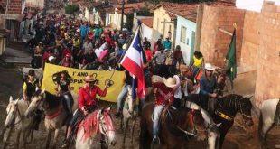 Grande Cavalgada abre as atividades da II Gincana Cultural, Recreativa e Solidária do CEGV Catolezinho