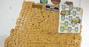 Mais de 800 kg de maconha são apreendidos após sair de Vitória da Conquista
