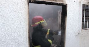 Itapetinga: Ação conjunta da PM, Bombeiros e Azaleia apaga incêndio no prédio do Hospital Santa Maria