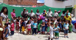 Polícia Militar de Itambé realiza festa das crianças na creche do Felipe Achy