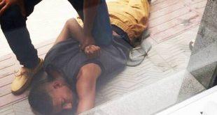 Vídeo: Homem é dominado e quase linchado após roubar celular em Conquista