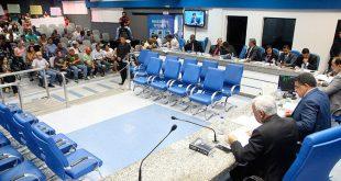 Camaçari: MP-BA denuncia 17 vereadores por associação criminosa e pede prisão de presidente da câmara