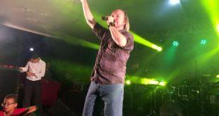 Show de David Quinlan encerra com sucesso a programação do Dia do Evangélico em Itambé