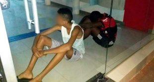Bahia: Jovens entram em agência bancária climatizada para se refrescar e ficam presos após porta travar