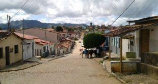 Itambé: Sem água nas torneiras há quatro dias, moradora de Catolezinho faz desabafo. Áudio