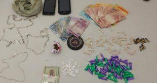 Moto-taxista é presa  por tráfico de drogas em Macarani