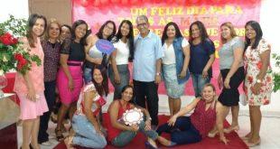 Escola Batista Sinai homenageia mães com programação encantadora