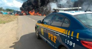 Terceiro dia protestos dos caminhoneiros: rodovia Itabuna-Ibicaraí é interditada. Vídeo