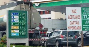 Combustível acaba em 95% dos postos da Bahia