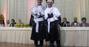 Vitória da Conquista: Nova reitoria da UESB é empossada