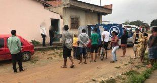 Três homens são assassinados dentro de casa em Eunápolis