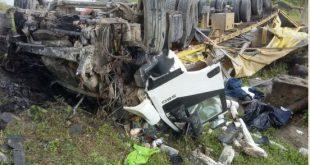 DPT constata óbito do motorista da carreta que caiu de ponte em Potiraguá