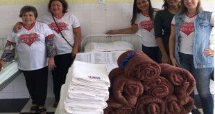 """Itambé: Grupo """"Amigas da Santa Casa"""" arrecada cobertores, lençóis e toalhas para o hospital"""