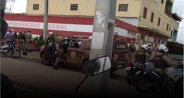 Jumentos mortos desovados em estradas vicinais de Itororó seguiam para frigorífico em Itapetinga
